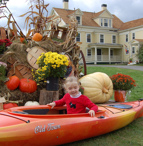 Trying out the Punkinfiddle kayak